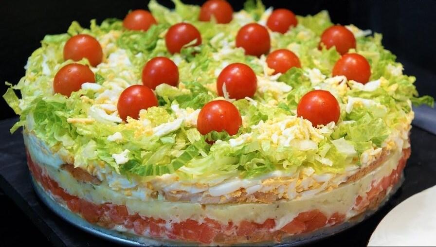 """Salattorte fürs Grillen """"Ein Stück Salat, bitte!"""""""