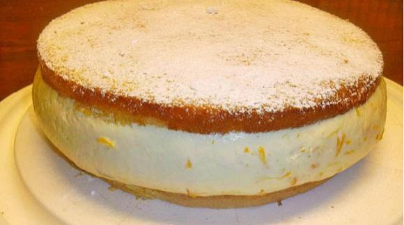 Weltbeste cremigste Käsesahne Torte